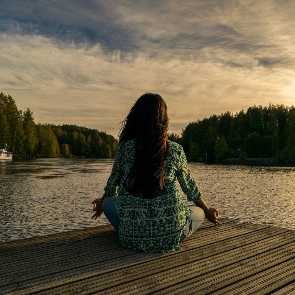 HERITAGE1875-bien-etre-sante-au-travail-meditation
